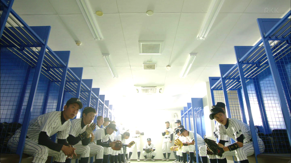 青島野球部ロッカールーム